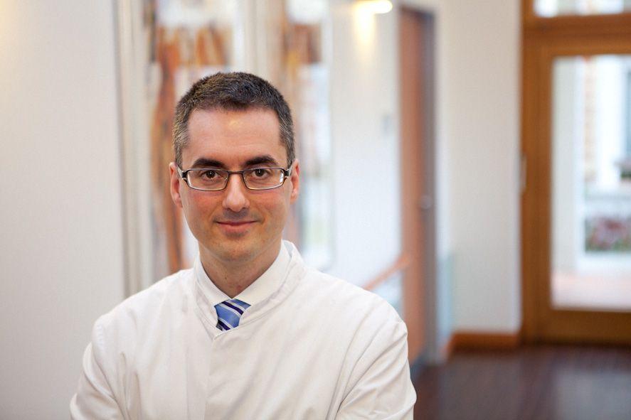 Prof. - Nektarios Sinis - Sinis Klinik Berlin GmbH - Experte