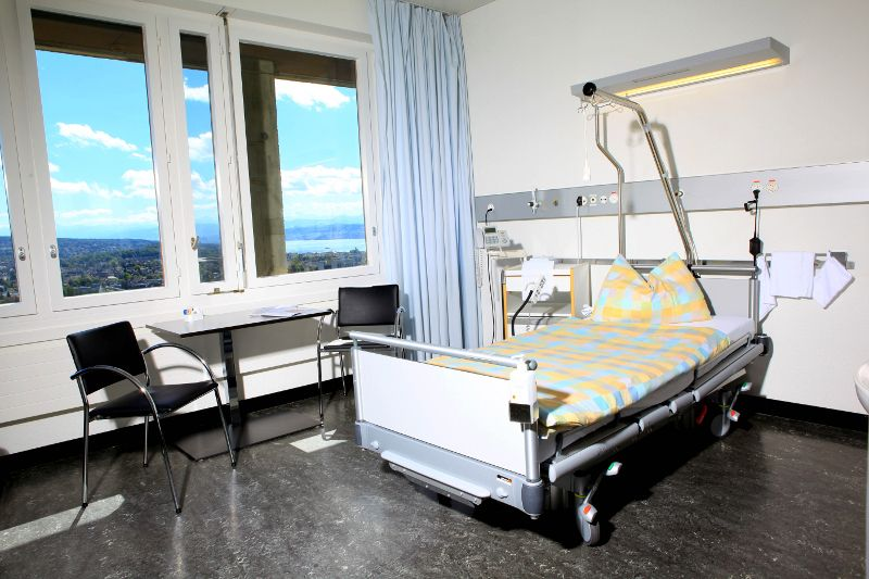 Prof. - Daniel Fink - UniversitätsSpital Zürich - Patientenzimmer
