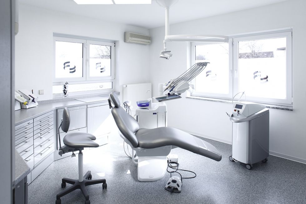Dr. - Robert Schneider M.Sc., M.Sc. - Zahnärztliche Gemeinschaftspraxis Dr. R. Schneider, Dr. K. Schneider