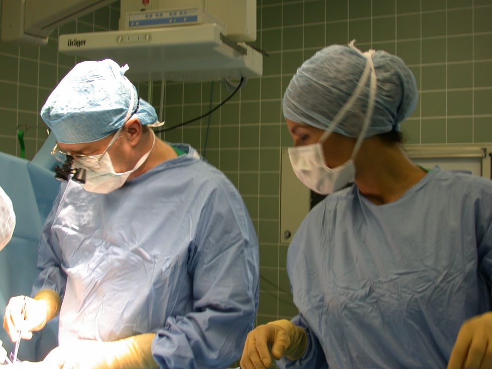 Prof. - Thomas Boemers - Kliniken der Stadt Köln gGmbH - Kinderkrankenhaus Köln Amsterdamer Straße - Operation