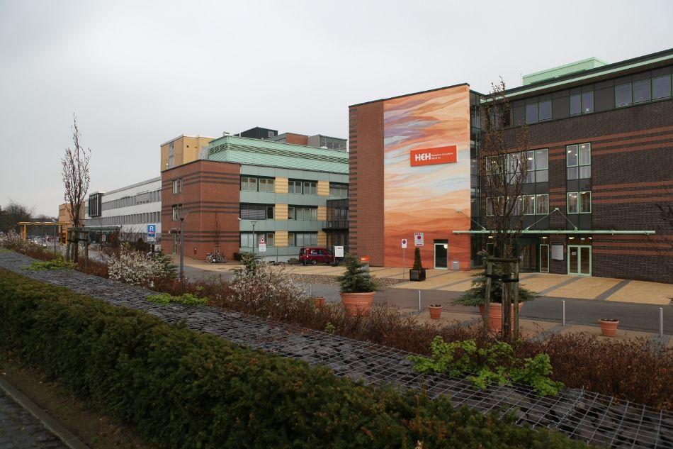 Prof. - Karl-Dieter Heller - Herzogin Elisabeth Hospital - Außenansicht