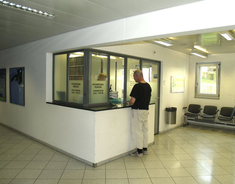 Prof. - Klaus A. Siebenrock - Inselspital, Universitätsspital Bern - Empfangsbereich
