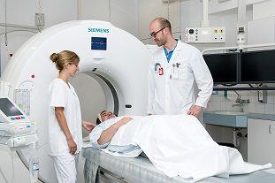 Prof. - Jan Gralla - Inselspital, Universitätsspital Bern
