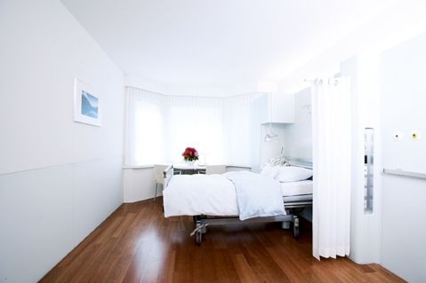 Prof. - Paul Robert  Vogt - Hirslanden Klinik im Park, HerzGefässZentrum Zürich - Patientenzimmer