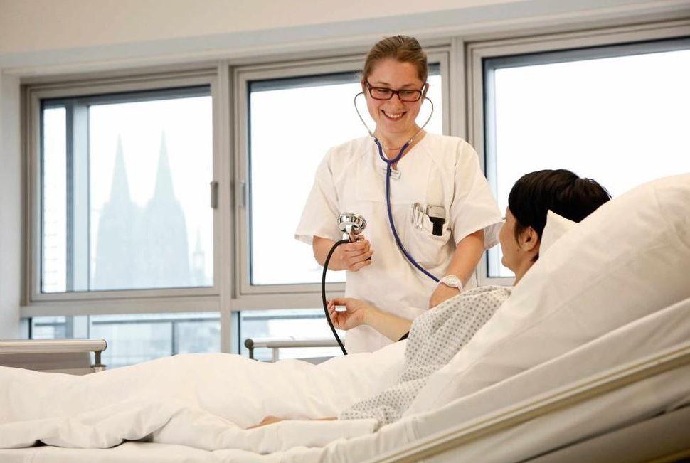 Dr. - Bernd Stechemesser - Hernienzentrum Köln, PAN Klinik am Neumarkt GmbH