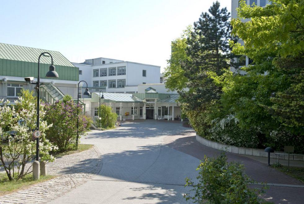 Prof. - Ernst  Weigang - Evangelisches Krankenhaus Hubertus
