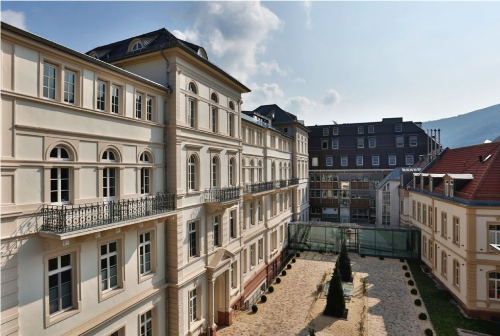 Prof. - Rainer Siebold - ATOS Klinik Heidelberg