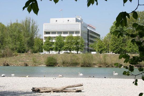 Dr. - Heinz Röttinger - Chirurgisches Klinikum München Süd GmbH & Co. KG