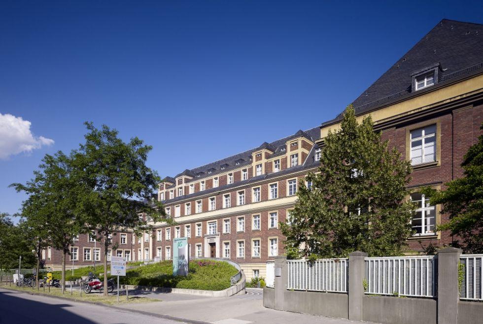 Dr. - Jörg Weber - Eduardus-Krankenhaus gGmbH