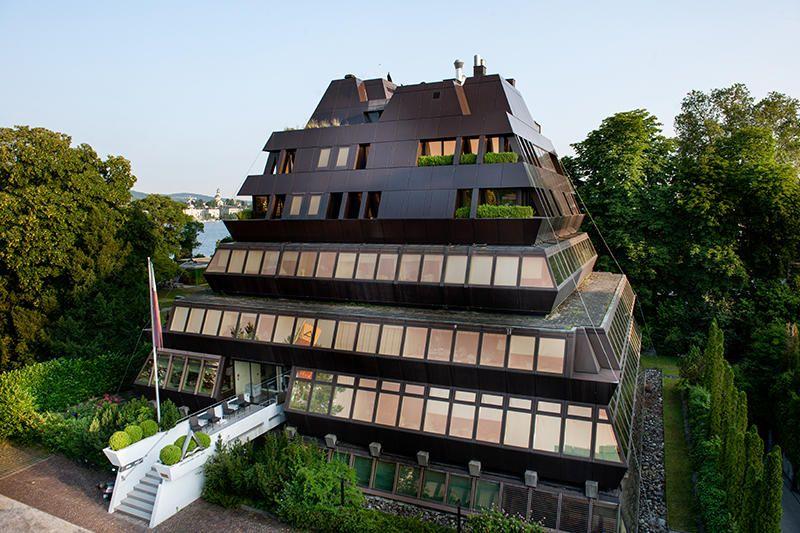 Dr. - Georg Wille - Haus zur Pyramide