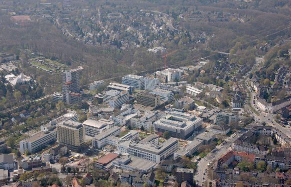 Prof. - Peter F. Hoyer - Universitätsklinikum Essen - Klinikgelände