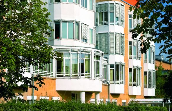 Priv.-Doz. - Stephan W. Tohtz - HELIOS Klinikum Emil von Behring GmbH - Außenansicht