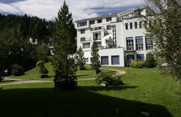 Dr. - Patrick Baumann - Klinik Gut St. Moritz